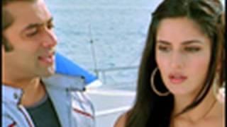 Salman and Katrina caught in the beach