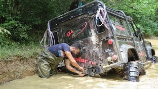 LAND ROVER  Defender 90 V8 & 90 TDI & Discovery TD5  **Extreme Offroad**