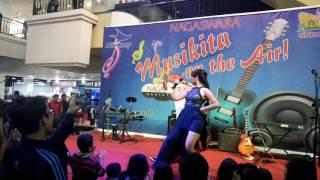 Susie Legit Live Musikita Nagaswara FM Cibinong Mall