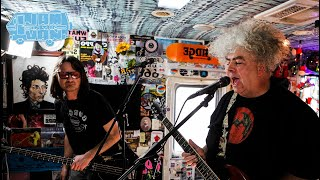 """THE MELVINS - """"Hag Me"""" (Live from JITV HQ in Los Angeles, CA 2017) #JAMINTHEVAN"""