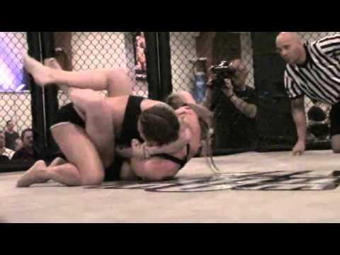 Xxx Mp4 Women39s Oil Wrestling Courteney VS Stephanie 3gp Sex