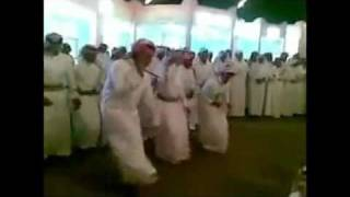 رقص خليجي علي اغنيه اجنبية -جامد جدا