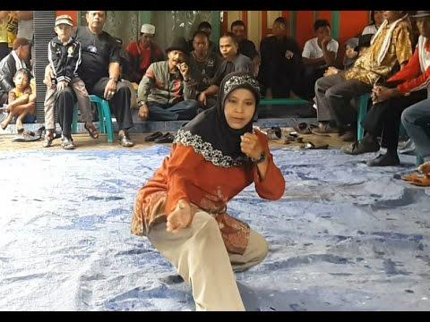 Xxx Mp4 Guru Silat Kuntau Wanita Yang Disegani Di Kalimantan 3gp Sex