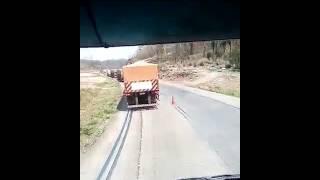 Acidente hoje de manhã na serra de são Luiz Cuiabá MT caminhão de melancia