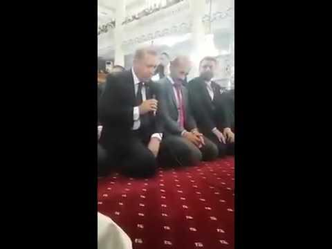 Recep Tayyip Erdogan uči suru El Fatiha