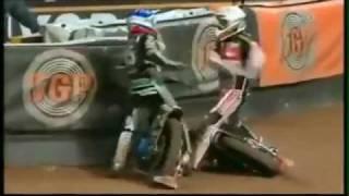 Helmet Fights - Fights in motorsport