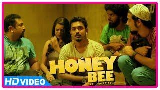 Honey Bee Malayalam Movie | Scenes | Vijay Babu Helps Asif Ali And Friends | Bhavana