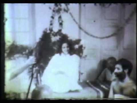 Sri Anandamayi Ma singing in around 1956