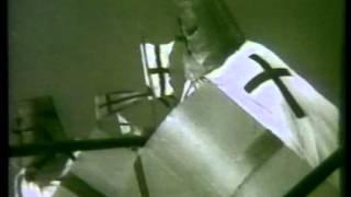 Rambo Amadeus - Smrt Popa Mila Jovovica