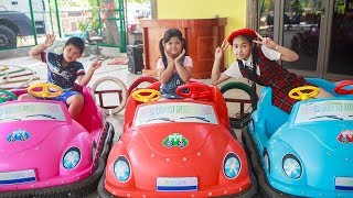 Kids Go To School | Chuns With Best Friends Sporty In Toy Area Children