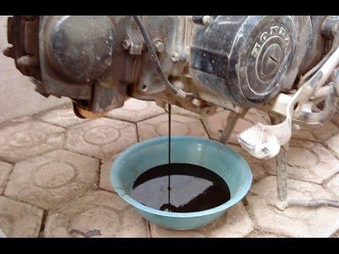 Image result for Cara memeriksa dan mengganti oli mesin motor