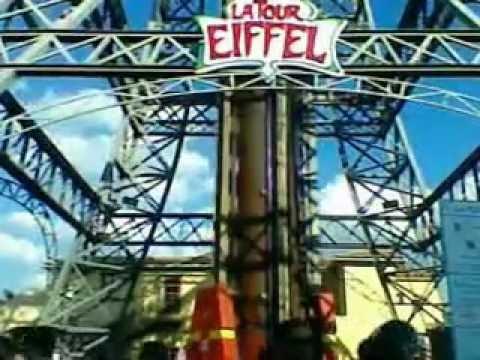 Acidente na torre eiffel hopi hari