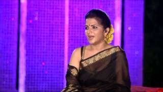 Anchor Dhivyadharshini (DD) navel and cleavage show in transparent saree
