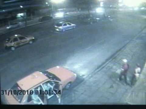 Câmeras de segurança flagram morte em frente a danceteria
