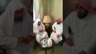 تلاوة مرئية للشيخ عبدالله الجهني و هو يقرأ على أحد مشايخه
