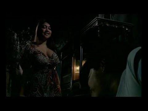 Sarah Azhari dan Novi Andryani montok di film Tiren