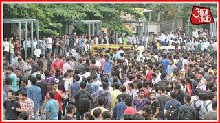 Police And Students Of KIIT Clash In Bhubaneshwar, Orissa