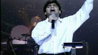 Maa thujhe salaam song on the stage by A R Rehman