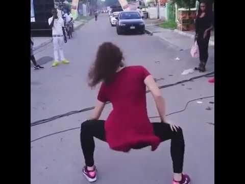 Xxx Mp4 लड़की का बीच सड़क खुलेआम भद्दा डांस वायरल बच्चे कृपया वीडियो से दूर रहे 3gp Sex
