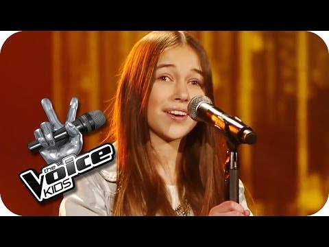 Jennifer Holliday - And I'm Telling You (Hanna) | The Voice Kids  2014 | Blind Audition