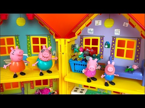 PEPPA PIG STORY IN PEPPA PIG'S HOUSE WITH  GEORGE MOMMY PIG PAPA PIG & TOYS- MCQUEEN SHOPKINS MLP
