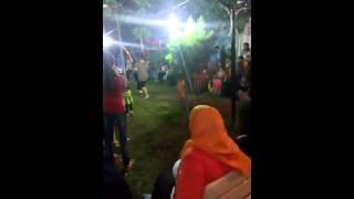 رقص البنات فى مصيف الاسكندرية