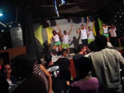 Xxx Mp4 OZ FURACÕEZ Beijar Na Boca Claudia Leitte Trem Bom Bar 3gp Sex