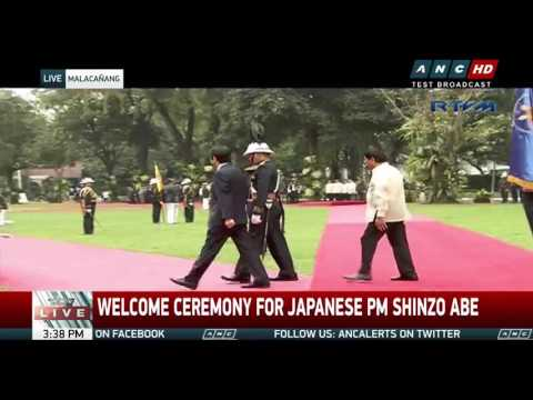 watch Duterte welcomes Japan's Abe in Malacañang