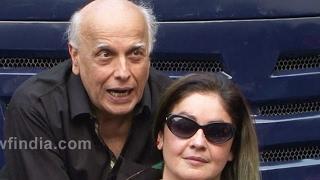 Shocking ! Mahesh Bhatt Wanted To Marry With Her Own Daughter Pooja Bhatt