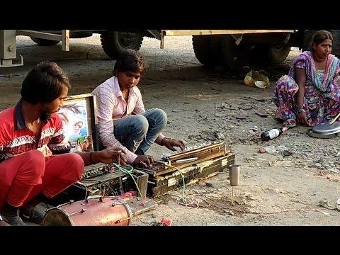 Desi Kalakar Musician in Desi Circus | देशी सर्कस