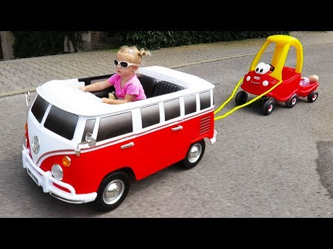 Xxx Mp4 Little Girl Elis Ride On Wheels On The Bus Power Wheel With Cozy Coupe Little Tikes And Dolls Crew 3gp Sex