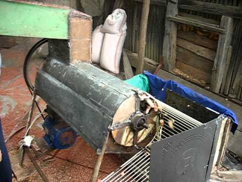 Masina de batut porumb cu motor 220V 1.8KW