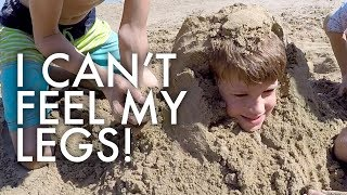 HUGE AMERICAN FAMILY AT A FRENCH BEACH 🌊 👀:Traveling Full-time w/9 kids