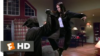 Scary Movie (11/12) Movie CLIP - Kicking the Killer