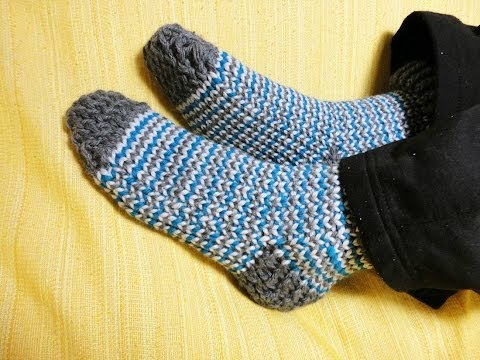 How to Loom Knit Socks DIY Tutorial
