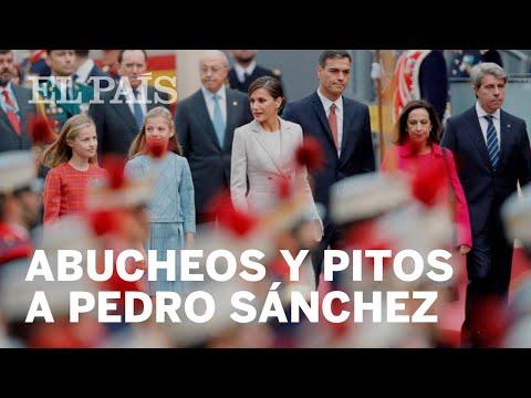 Xxx Mp4 Abucheos Y Pitos A Pedro Sánchez Tras El Desfile Del 12 De Octubre 3gp Sex