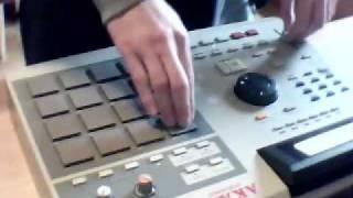 Scratch Using Akai MPC 2000XL