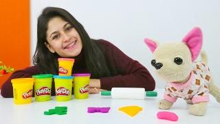 Ayşe ve Loli Play Doh oyun hamuruyla oynuyorlar