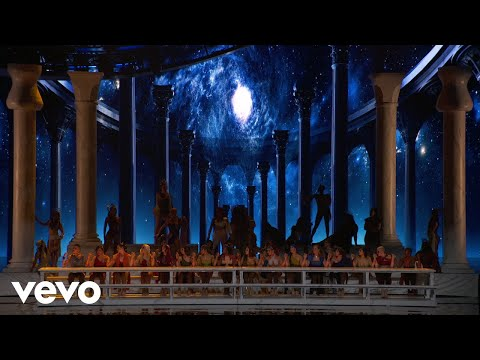 Ariana Grande - God is a woman (Live on The MTV VMAs2018