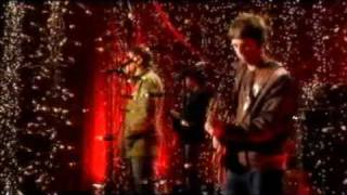 Oasis - Lyla - Live At Channel 4 [03.06.2005]