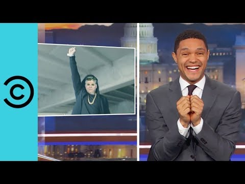 Sean Hannity s Epic Rap Battle The Daily Show