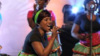 Worship House feat. Mmakwena Nkosi - Sidlulisi Ukubonga  (Live) (Official Video)