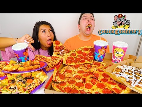 we tried the WORST RESTAURANT in america • Chuck E. Cheese's Pizza • MUKBANG