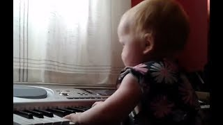 12 MONTH OLD BABY jamming on the keyboard! Lol