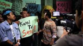 Demo Anti Demo