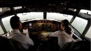 PILOT GIRL LANDING AT CANCUN INTERNATIONAL AIRPORT.... !! GO PRO