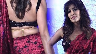 Chitrangada Singh Hot Ramp walk In Backless Blouse And Red Saree | Fashion 2016