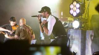 Luke Bryan- Country Girl Shake It For Me (Jason plays a prank on Luke)