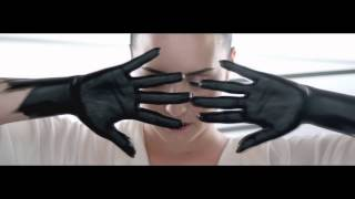 Demi Lovato - Heart Attack Backwards