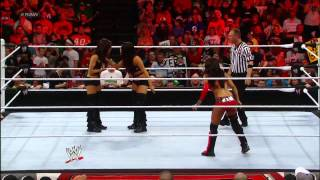Layla (C) vs Nikki Bella vs Brie Bella - Divas Championship - WWE Raw 4/30/12